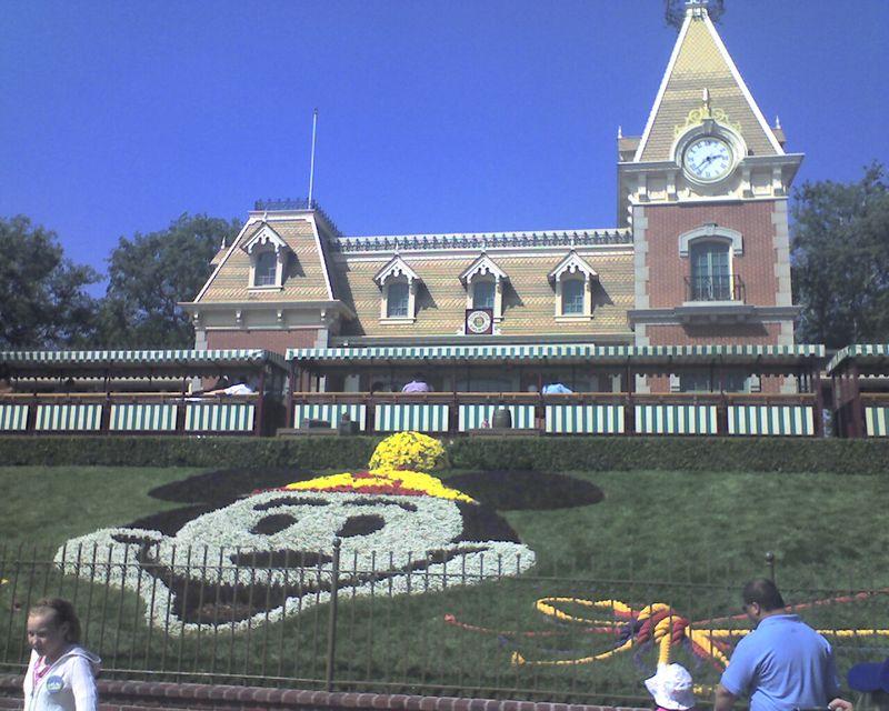 Free Disneyland
