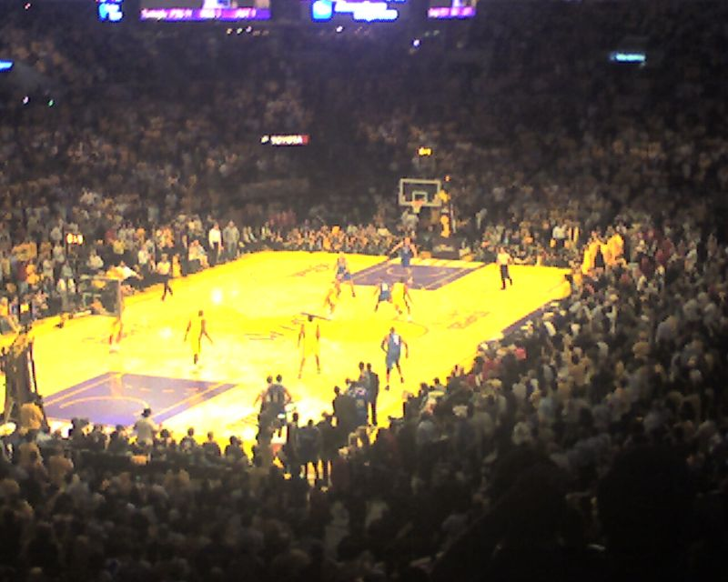Lakers 53 Magic 43 at Half
