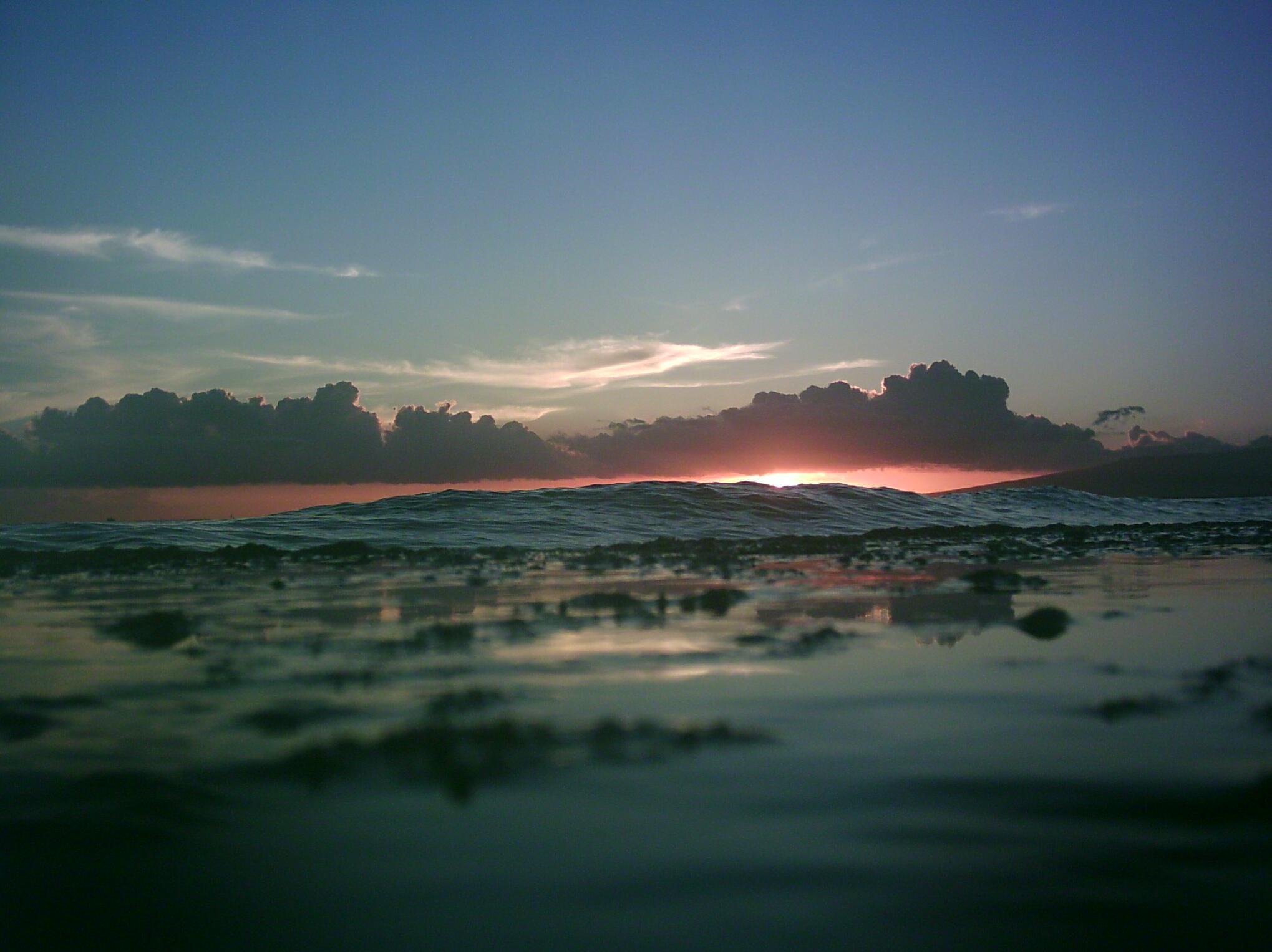 SunsetWallWave